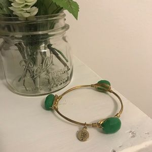 Bourbon & Boweties Green Stone Bangle
